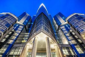 Подбор, установка и комплексное обслуживание профессионального оборудования для отелей, гостиниц. Отель Hilton 5*, ресторан «All Dining Restaurant», Киев. На фото центральный вход в отель.