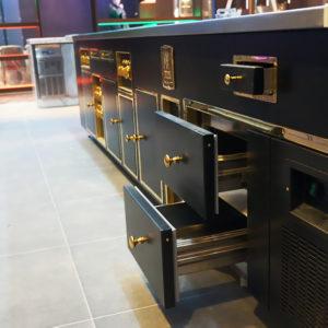 Профессиональное кухонное оборудование для HoReCa. Отель Hilton 5*, ресторан «All Dining Restaurant», Киев. На фото тепловой технологический остров Molteni.