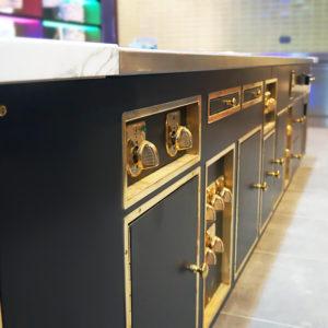 Специализированное кухонное оборудование для отелей и гостиниц. Отель Hilton 5*, ресторан «All Dining Restaurant», Киев. На фото тепловой технологический остров Molteni.