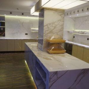 Кухонное оборудование для ресторана люкс класса. Отель Hilton 5*, ресторан «All Dining Restaurant», Киев. На фото кухня по индивидуальному проекту, оснащенная компанией Profitex.