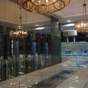 Комплексное оснащение кухни ресторана профессиональным оборудованием. Отель Hilton 5*, ресторан «All Dining Restaurant», Киев. На фото кухня ресторана по проекту Profitex.