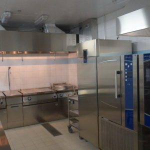 Проектирование ресторана компанией Profitex. Отель Hilton 5*, ресторан «All Dining Restaurant», Киев. На фото пароконвектомат TouchLine Electrolux Professional, шок фризер Electrolux Professional, тепловое и холодильное оборудование Electrolux Professional.