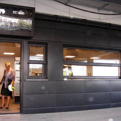 Комплексная поставка кухонного оборудования для фастфуда, кафе, ресторана и пиццерии. Стадион Олимпийский, Киев. На фото кухонная зона.