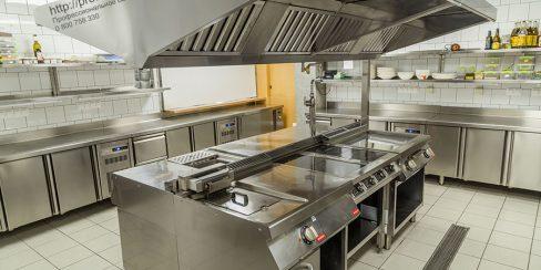 Индивидуальный проект оснащения ресторана профессиональным оборудованием. Ресторан CICADA Kitchen & Wine Bar, Украина, Днепр. На фото тепловое модульное оборудование Modular (островная единица).