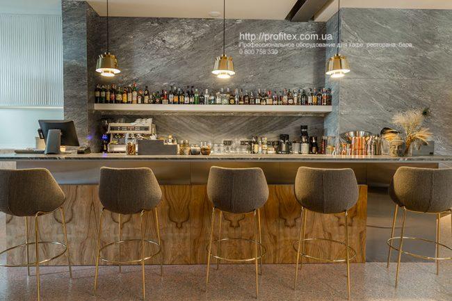 Профессиональное оборудование для HoReCa. Ресторан CICADA Kitchen & Wine Bar, Украина, Днепр. На фото барная зона ресторана.