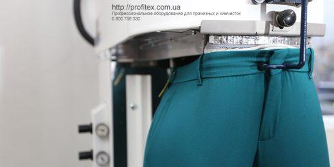 Финишное оборудование для химчистки, прачечной, аквачистки. Студия чистки одежды Green Way, Украина, Киев. На фото пароманекен для брюк Electrolux Италия.