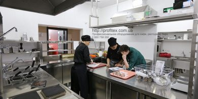 Индивидуальный проект оснащения ресторана профессиональным оборудованием от Profitex Украина. Отель Ibis Вокзал, Украина, Киев. На фото оборудование MODULAR Италия, EcoVac Италия.