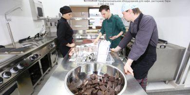 Открыть ресторан с нуля с профессиональным кухонным оборудованием от Profitex Украина. Отель Ibis Вокзал, Украина, Киев. На фото холодильное и тепловое оборудование MODULAR Италия.