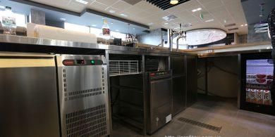 Оборудование для бара и барной стойки. Отель Ibis Вокзал, Украина, Киев. На фото холодильные столы MODULAR Италия.