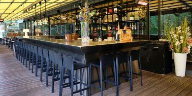 Все виды кухонного оборудования для ресторанов, баров, кафе. Отель Semarah Lielupe, Латвия, Юрмала. На фото бар отеля.