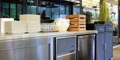 Холодильное и морозильное оборудование для HoReCa. Отель Semarah Lielupe, Латвия, Юрмала. На фото холодильное оборудование MODULAR Италия, шкаф шоковой заморозки Electrolux Professional Италия, морозильный шкаф Electrolux Италия.