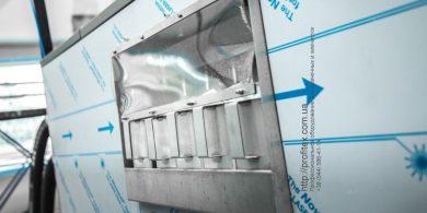 Прачечное оборудование в наличии и под заказ. Индустриальная прачечная. На фото профессиональная стиральная машина JENSEN JWE 110/250.