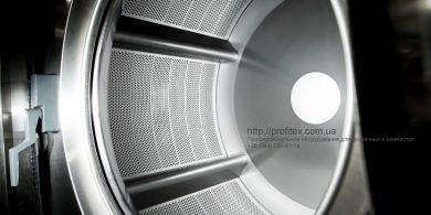 Оборудование для прачечной, химчистки. Индустриальная прачечная. На фото барабан профессиональной стиральной машины JENSEN JWE 110/250.