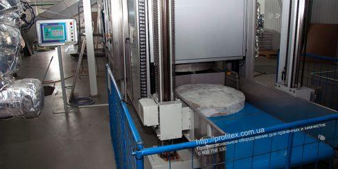 Стиральные машины туннельного типа для прачечной и химчистки. Промышленный прачечный комплекс БЛЕСК, Украина, Киев. На фото туннельная стиральная машина JENSEN Universal Германия.