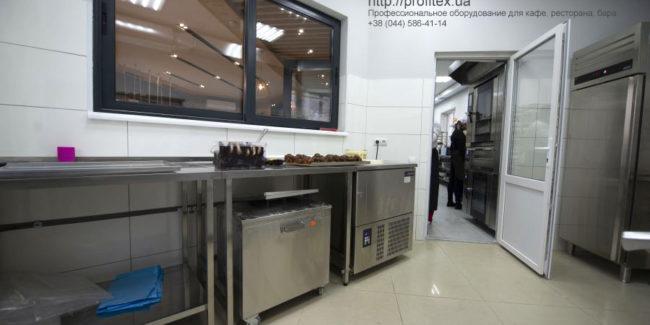 Тепловое и холодильное оборудование для кафе, пекарни, кондитерской, ресторана. Кафе-пекарня «Chef's Bakery Пекарня от шефа», Украина, Сумы. На фото холодильное оборудование GEMM (Италия), Asber (Польша).