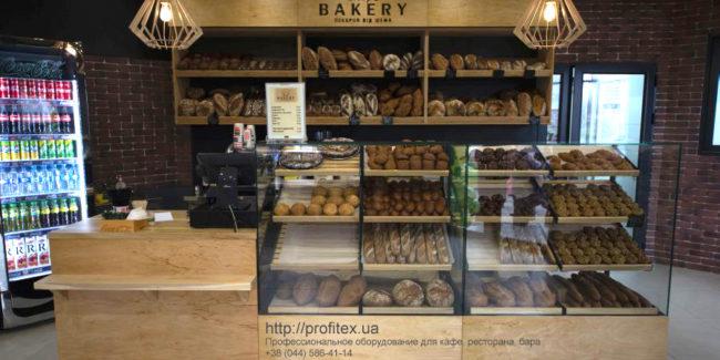 Проектирование кафе, пекарни, кондитерской, пиццерии, ресторана. Кафе-пекарня «Chef's Bakery Пекарня от шефа», Украина, Сумы. На фото интерьер зала кафе-пекарни.