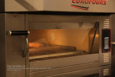 Печи для пиццы и выпечки для ресторанов, кафе, пекарни, булочной. Мастер-класс ВСЕ О РЖАНОМ ХЛЕБЕ 10-11 февраля 2020, Киев. На фото печи Eurofours.